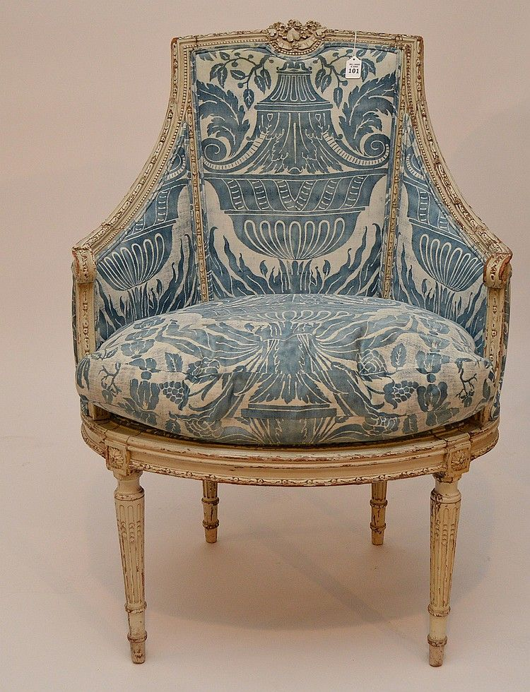 Painted French arm chair with blue Fortuny fabric 41h