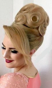 pin zsfia pink bun hairstyles