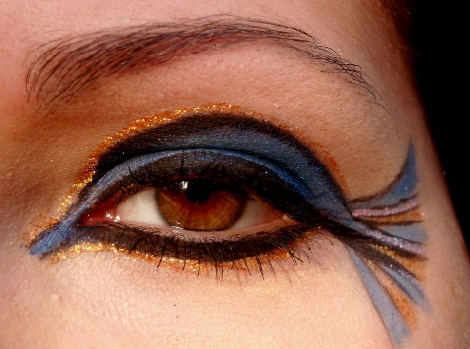 cleopatra eye makeup | Decorativestyle.org
