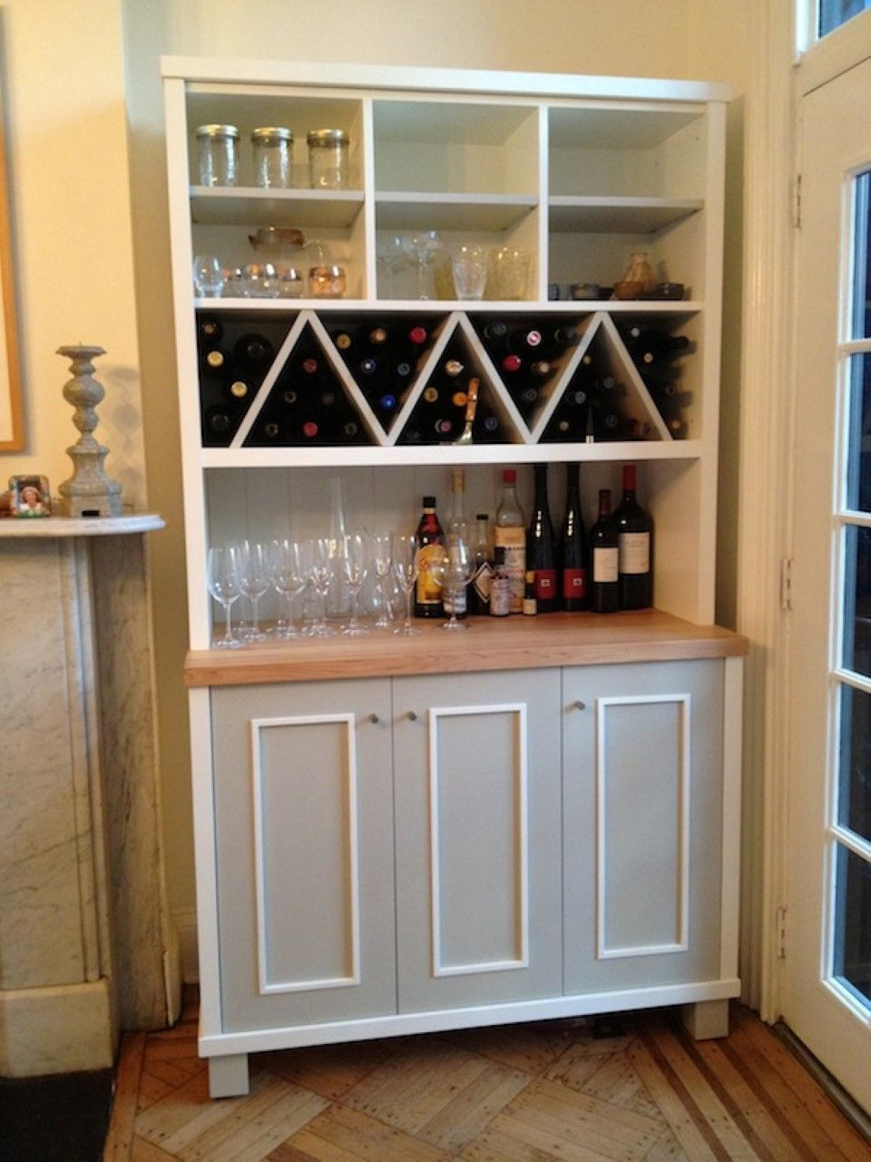 Zigzag Shaped Wine Racks with Multi Purposes Kitchen Wall
