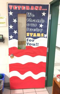 November classroom door to honor Veteran's Day ...