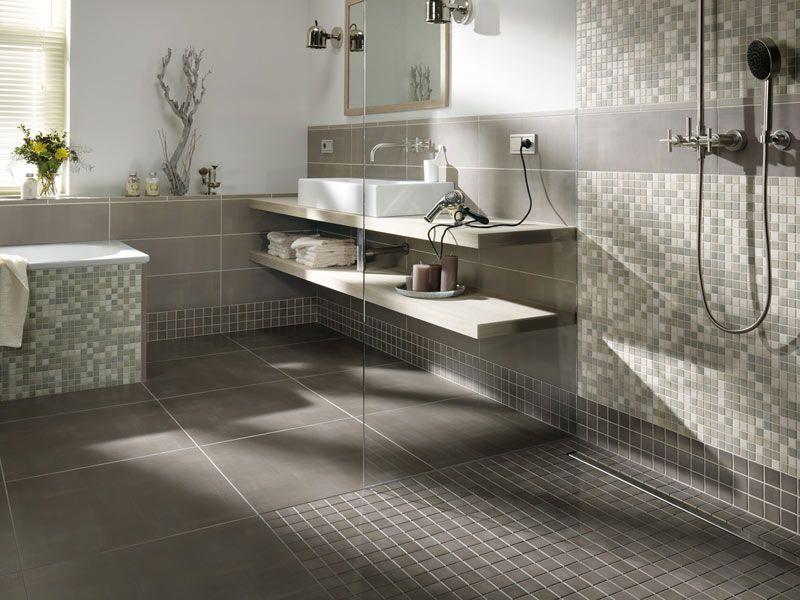 Badewanne Mosaik : Fliesen Und Mosaik In Der Begehbaren Dusche Bad ...