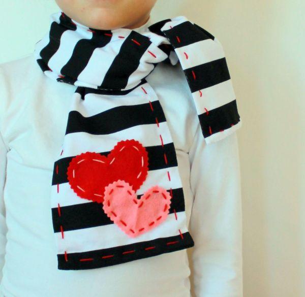 Girls Valentines Day Scarf . Cute Idea Valentine