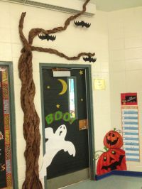Halloween classroom door | Classroom door decorations ...