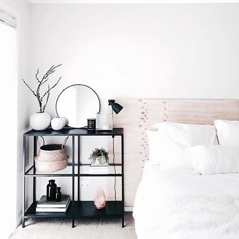 Minimalist bedroom perfection by the gorgeous juthamat jem also rh pinterest