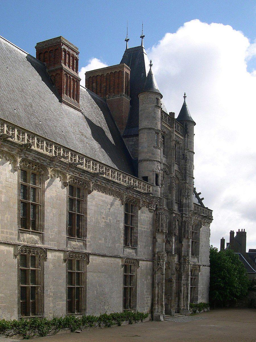 16th Century French Home - 191f341a25c744f57e2d7a75cc2e2b50_Beautiful 16th Century French Home - 191f341a25c744f57e2d7a75cc2e2b50  Snapshot_433592.jpg