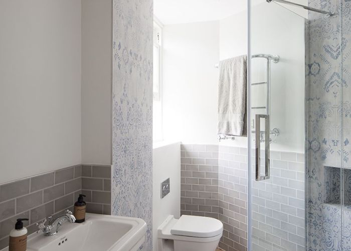 Blue and white tiles with grey metro tile accent oakhill court by ardesia design also bathrooms pinterest bathroom tiling bath