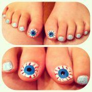 funny eyeball toe nail design