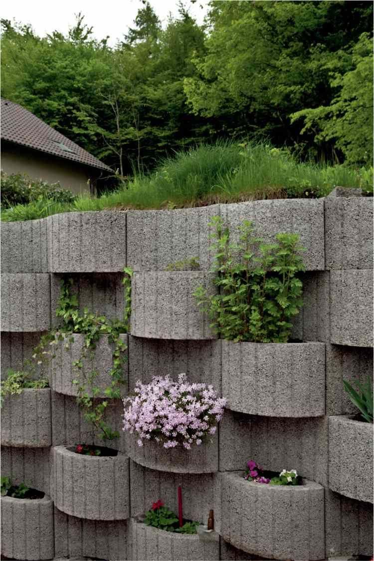 pflanzringe beton setzen gartengestaltung rasen stutzmauer hang, Garten und erstellen