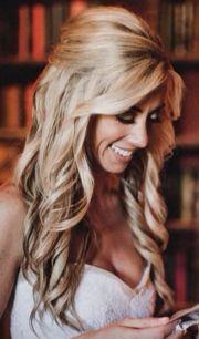 bride's long blonde #hair
