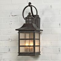 Carriage House Outdoor Light - Medium | Carriage house