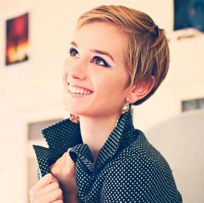 Netter Kurz Schlanke Pixie Cut Für Frauen Frisuren Pinterest