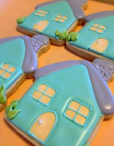 Housewarming party house warming cookie ideas cakes decorating decorated cookies sugar sugaring also pin by carol pennisi on ornament pinterest rh