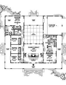 Square  shaped house plans with courtyard family area and garage two bedroom on remarkable interior design also enclose the covered arbor turn it into indoor pool like riad rh pinterest
