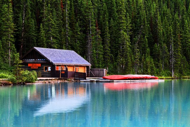Cabin on Lake Louise  Cabin Lakes and Canoeing