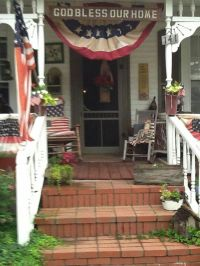 I love these Americana decorations!   4th of July ...