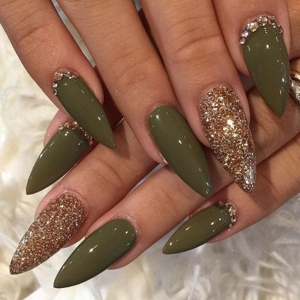 Gold Acrylic Nail Designs Stiletto