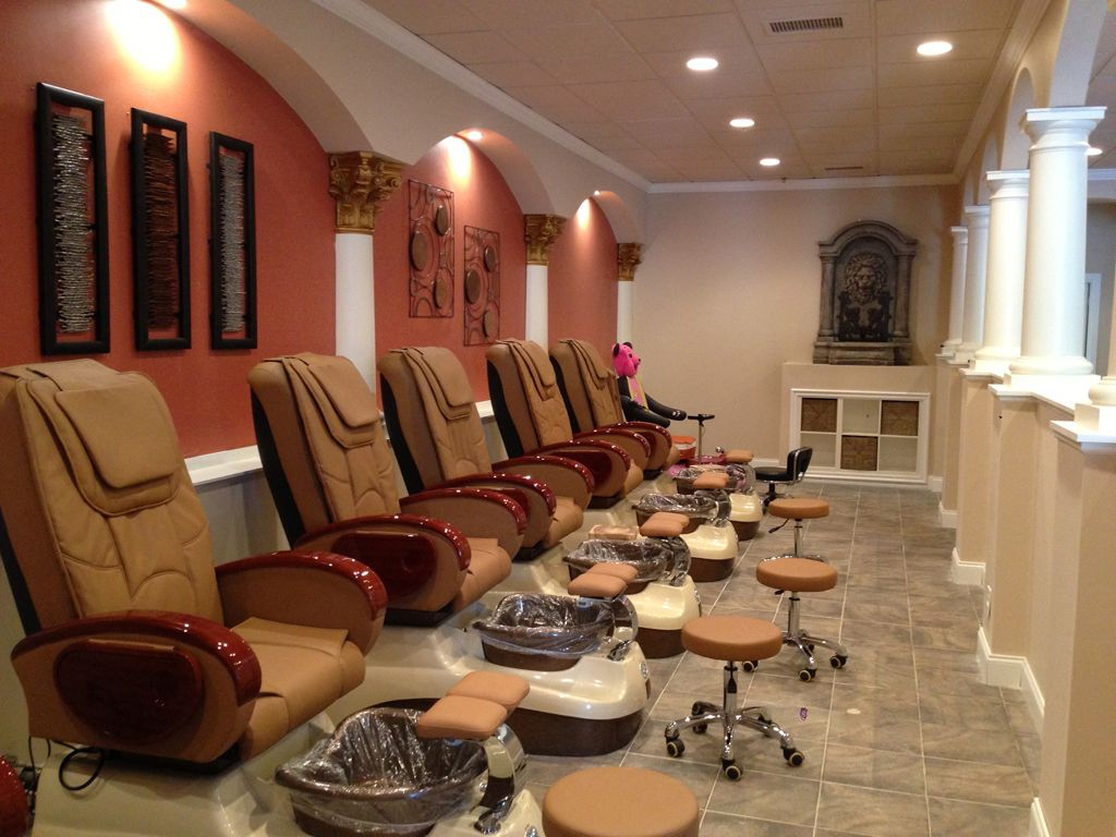 Best Nail Salon Interior Design