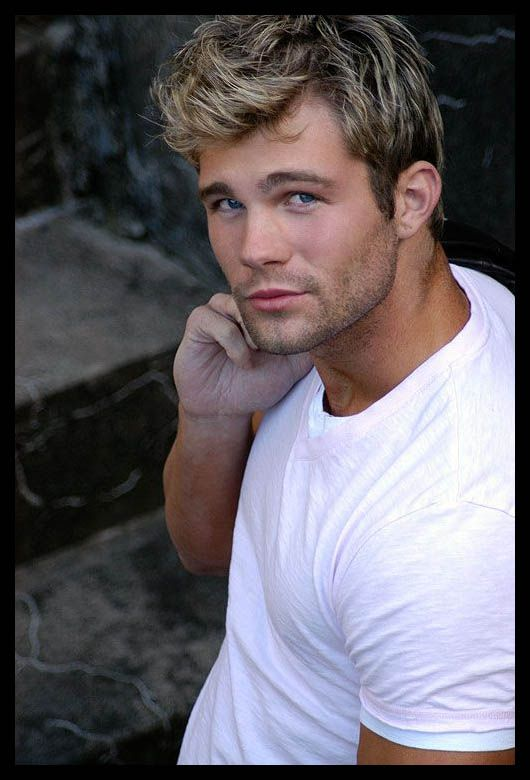 Men's Surfer Hairstyles For Summer Time Hairstyles Good Look