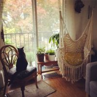 Hippy hammock chair / macrame swing.... a little boho and ...