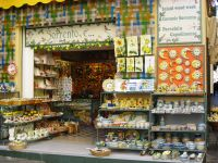 One of my favorite ceramic shops in Sorrento! | My travels ...