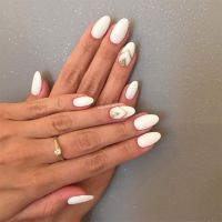 gold-and-white-almond-shaped-nail-designs | Nail Art ...