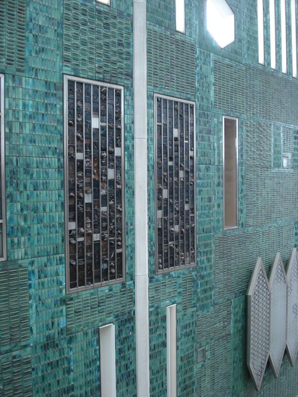 Ceramic Tiles Facade Bijenkorf Department Store Eindhoven Gio Ponti 1965 Details And
