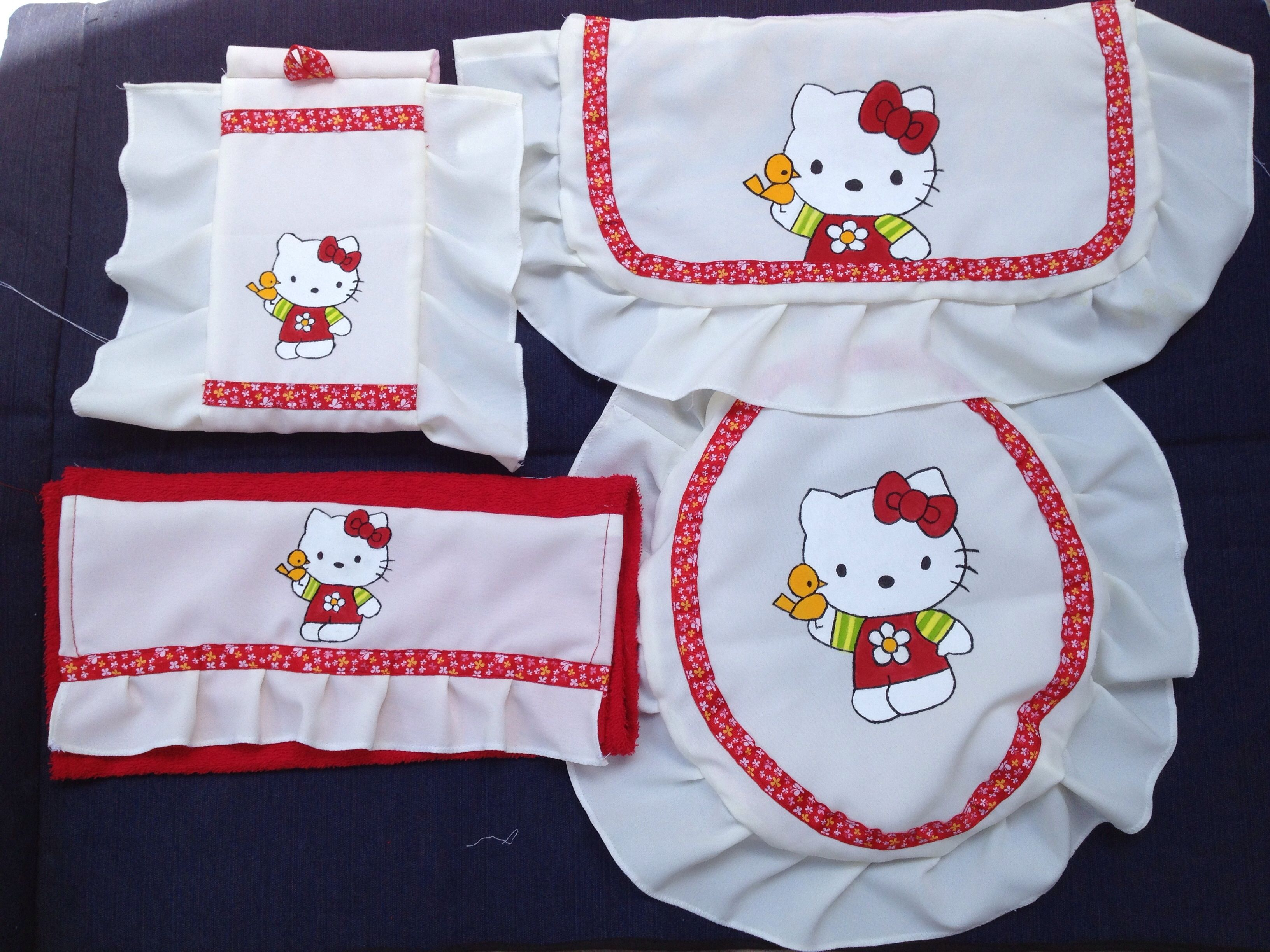 hello kitty potty chair barstool covers toilet cover hand painted juego de baño a la
