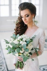 rustic simple wedding hairstyle