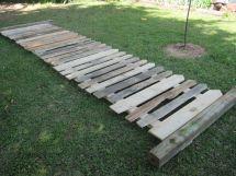 Picket Fence Pallet Board Diy Projects