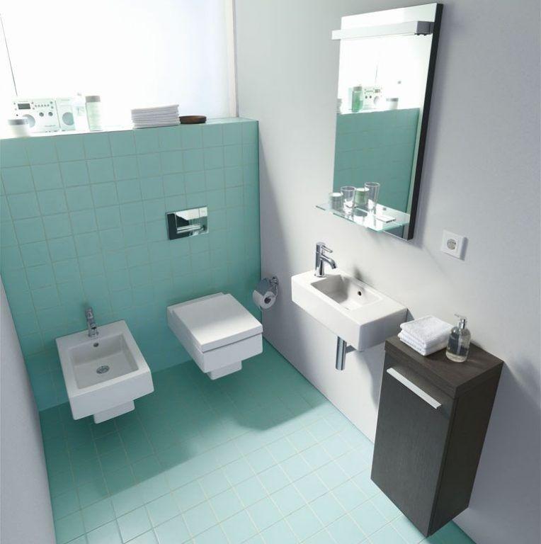 Badgestaltung: Gäste-WC und Gästebad Badezimmer türkis, Grüne fliesen und kleine Badezimmer