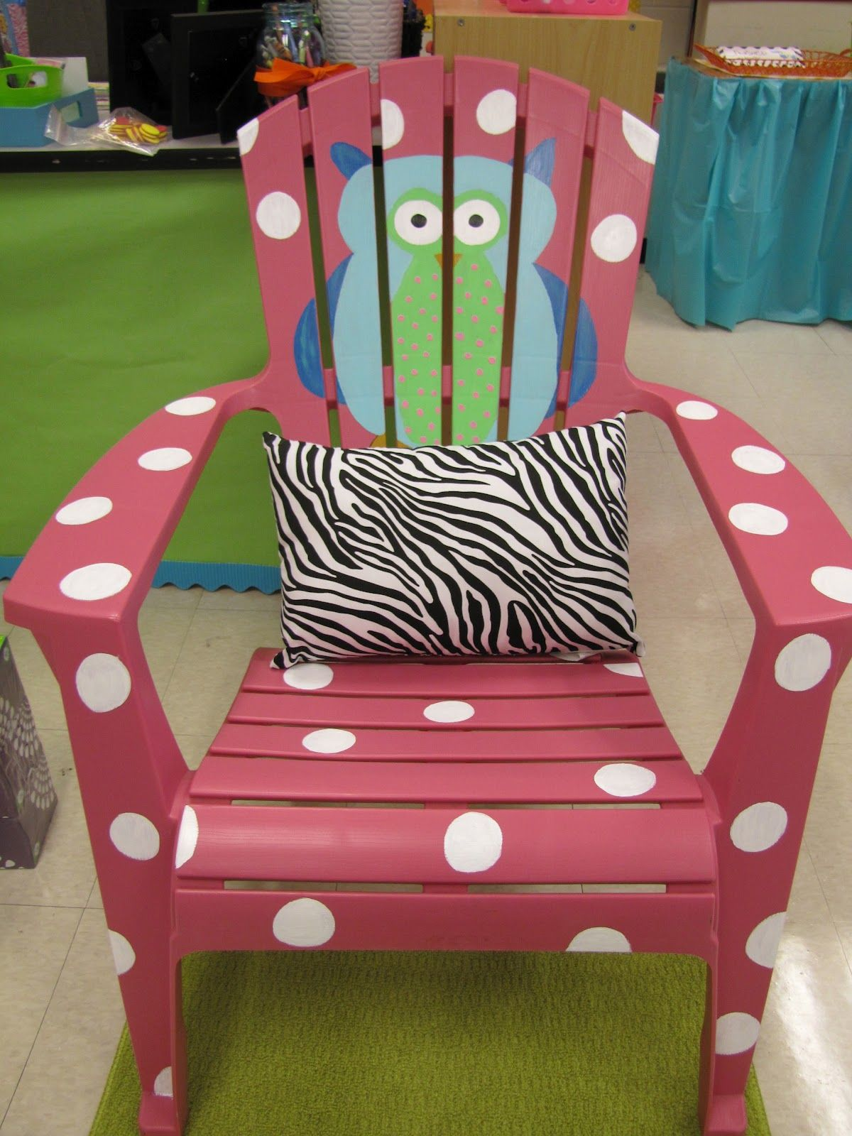 Teacher Chair Love This Decorate A Cheap Lawn Chair I Think This