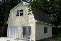 A Barn Style Garage with Gambrel Roof Plans