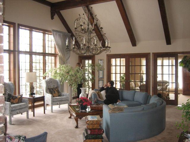 Tudor Style Homes Interior Decorating – House Design Ideas
