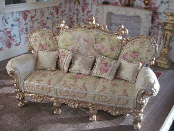 Miniature dollhouse ornate sofa Miniature dollhouse