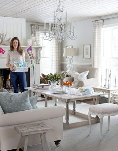 Get christmas decorating ideas from hgtv   sarah richardson interior design styles and color schemes for also holiday with rh pinterest