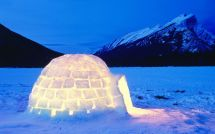 Beautiful Igloo Desktop