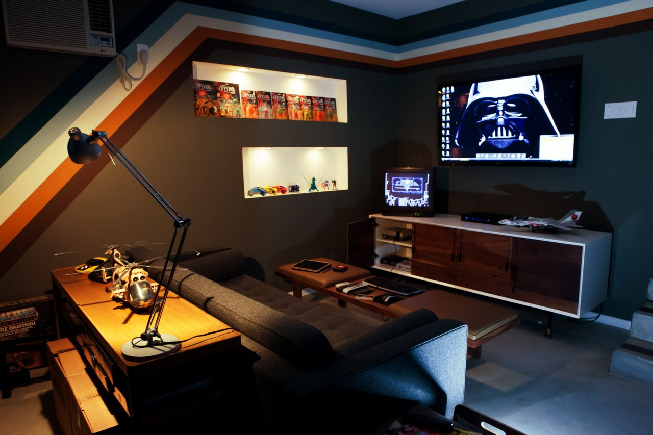 Well, things have changed o. Console Gaming area of a clean Garage Arcade (Garcade ...