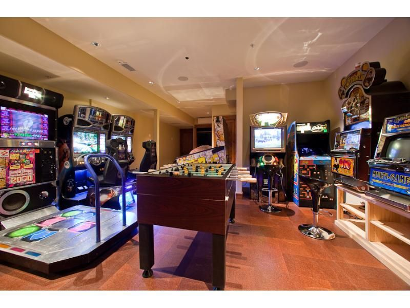 Mansions Home Movie Theatre Game Room Bowling Alley First Time