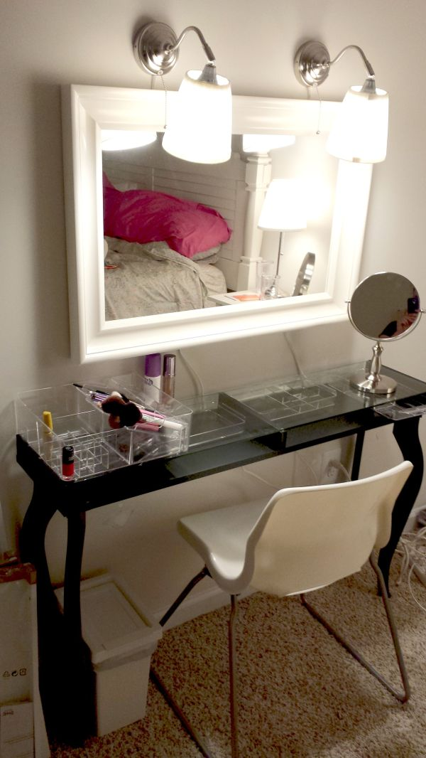 Version Of Vanity Ikea Hacks. Hemnes