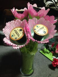 Keurig bouquet! Perfect Guy gift! I used flower shaped ...