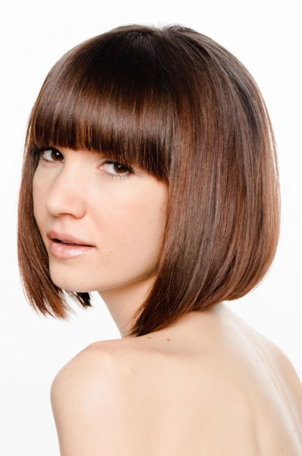 This Classic Bob Haircut Seems Never Go Out Of Date Teaming Up