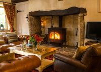 Malt House kitchen - Wye Valley accommodation | cozy rooms ...