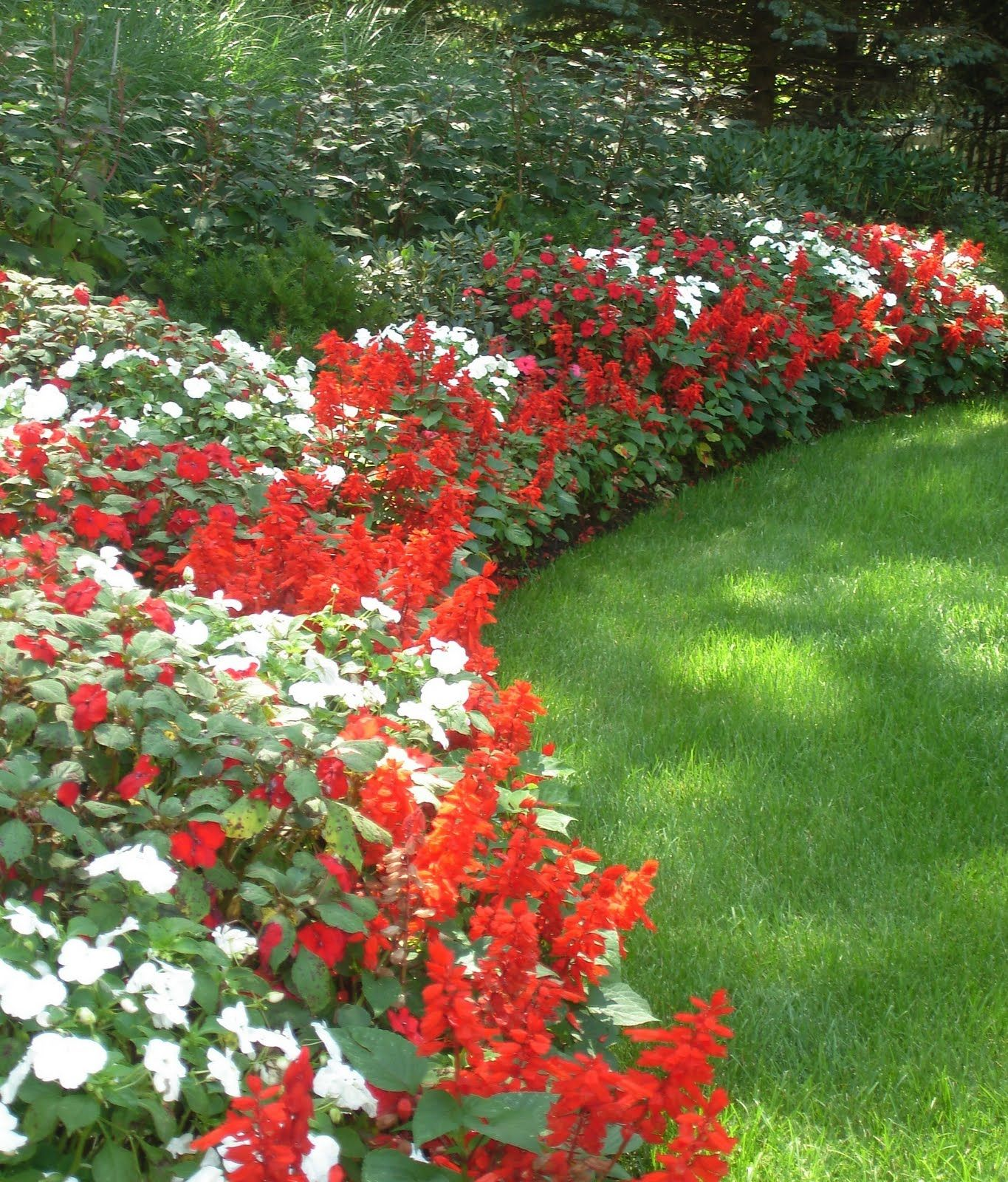 Beautiful Flower Beds For Front Yards Red And White Border Jan