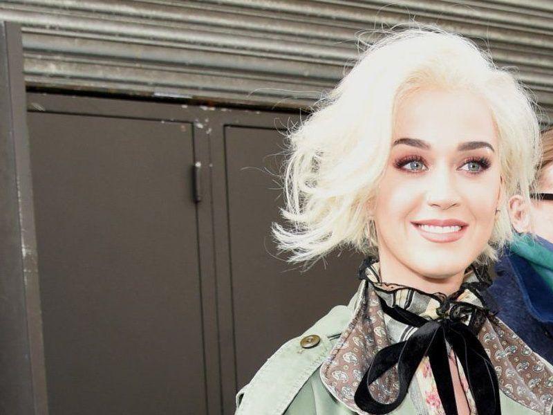 Katy Perry Zurück ändern Ihre Frisur Wird Schöner Kurze Frisur
