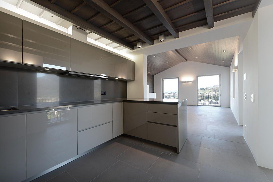 Progetto di arredamento completo Cucina Varenna arredo bagno armadi Poliform Cucina Varenna