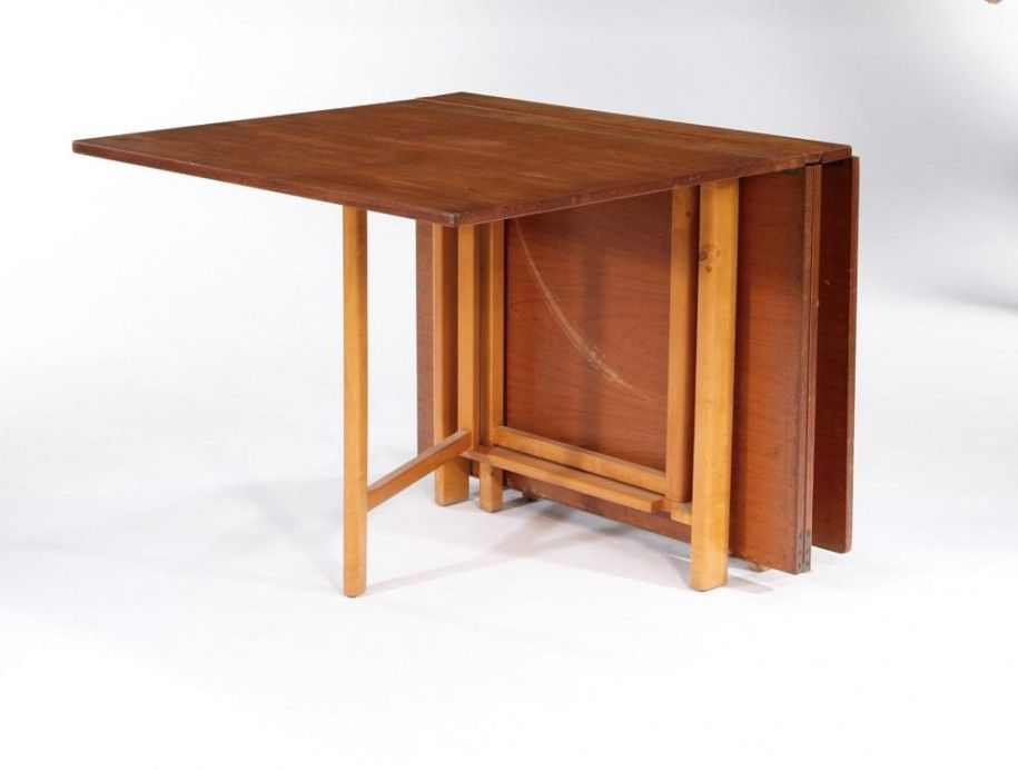 Folding Dining Table for Your Small Dining Room