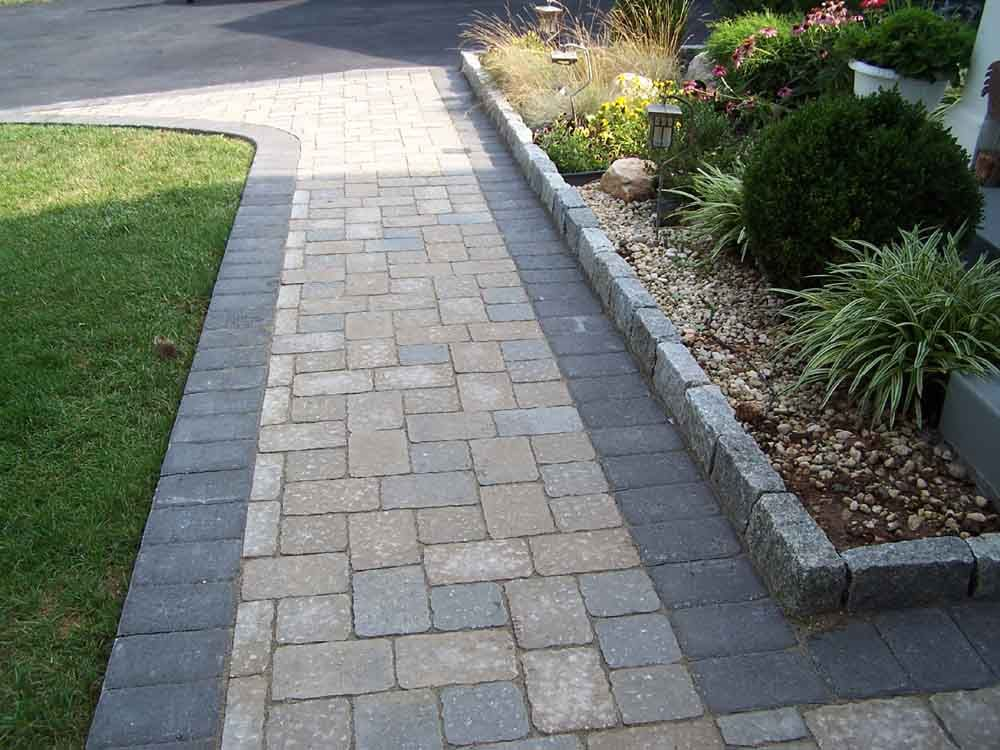 The Right Path 15 Wonderful Walkway Designs Bluestone Driveway