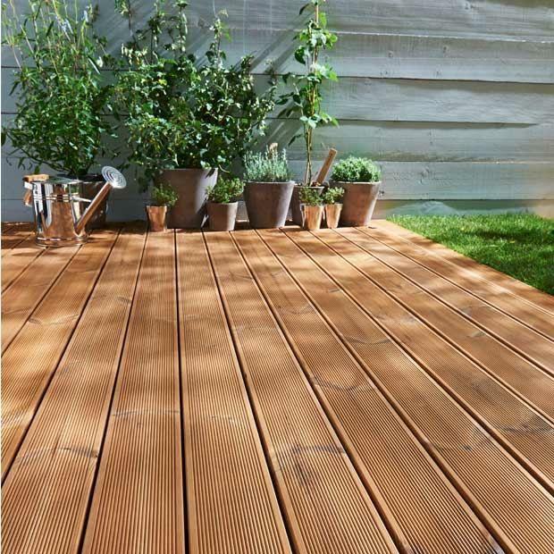 Holz Dielen Terrasse Eichenholz Beige Braune Farbe Balkon