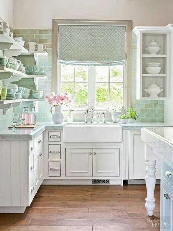 Classic & Clean Kitchen Design